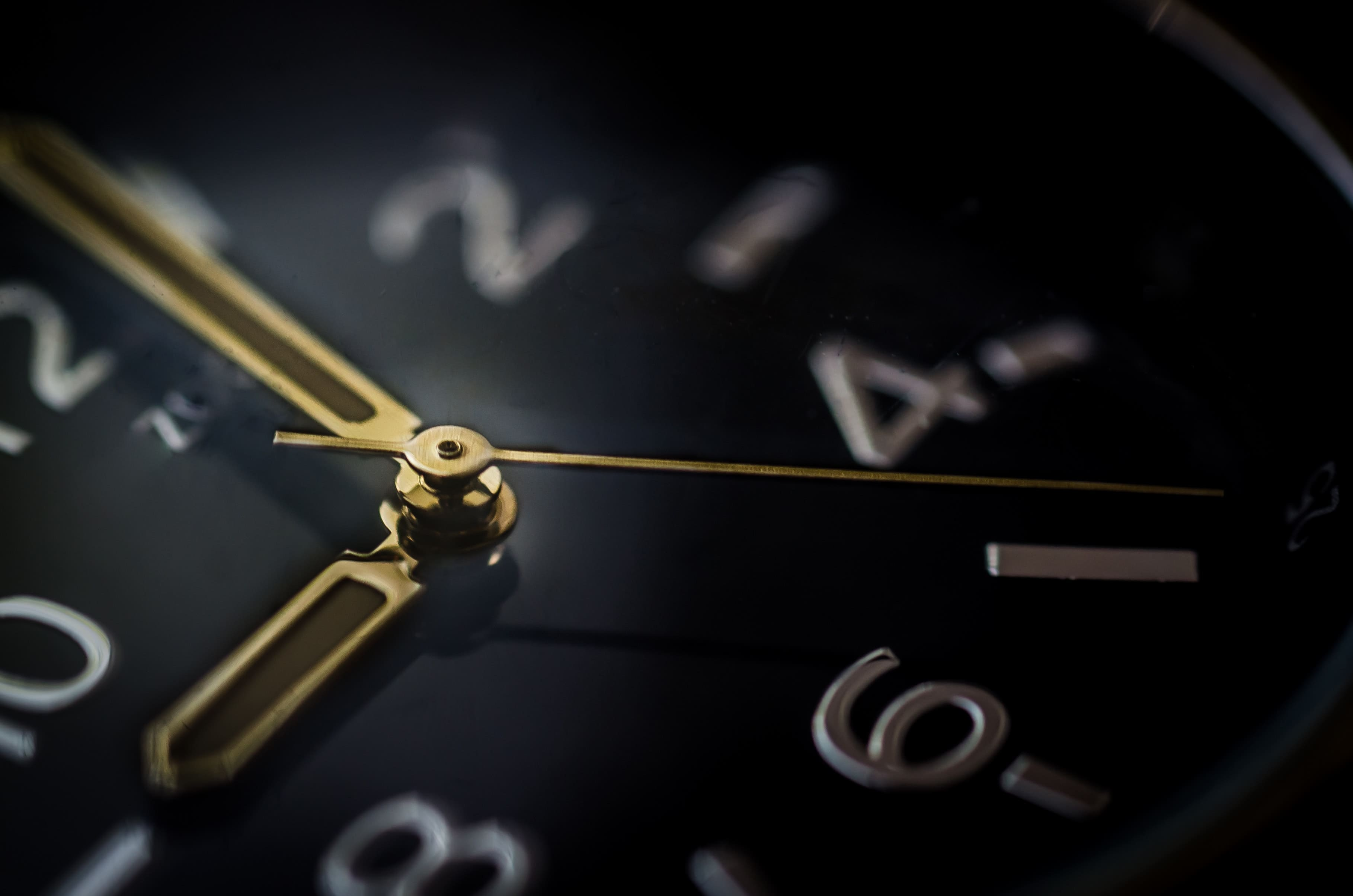 When is the Right Time to Send Marketing Emails?